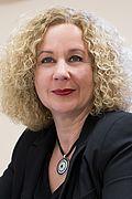 Frau Ulrike Kämper