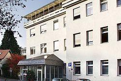 Gebäudeansicht KfH-Nierenzentrum Königstein