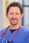 Herr Dr. med. Florian Thiel