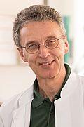 Herr Dr. med. Lothar Kornalik