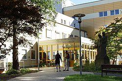 Gebäudeansicht KfH-Nierenzentrum Tirschenreuth