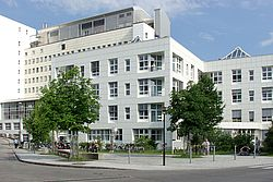 Gebäudeansicht KfH-Nierenzentrum Rosenheim