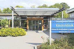 Gebäudeansicht KfH-Nierenzentrum für Kinder und Jugendliche Freiburg